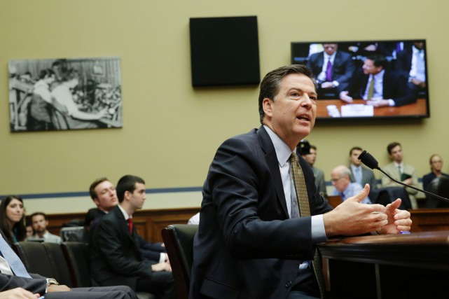 Le patron du FBI, James Comey.... (PHOTO YURI GRIPAS, AFP)
