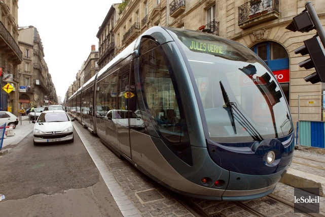 Le tramway de Bordeaux.... (Photothèque Le Soleil)