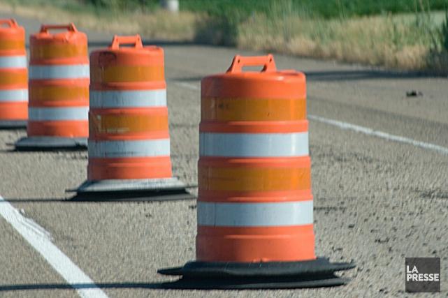 Fermeture d'une voie sur le pont de la rue Robinson S. (123RF)