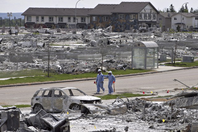 Les coûts des dommages assurés causés par les... (La Presse Canadienne, Jason Franson)
