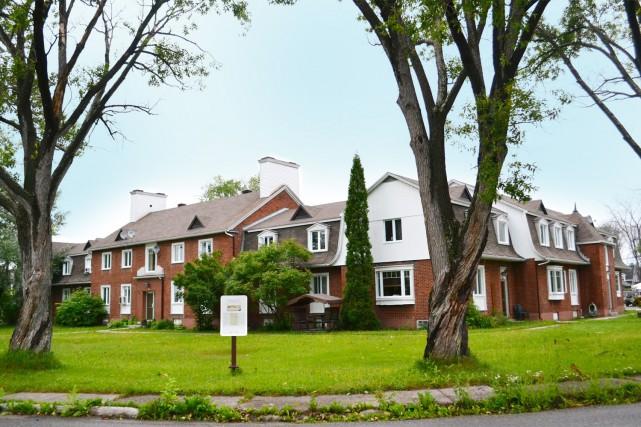 La coopérative d'habitation Place des Lilas située à... (Claudie Laroche)