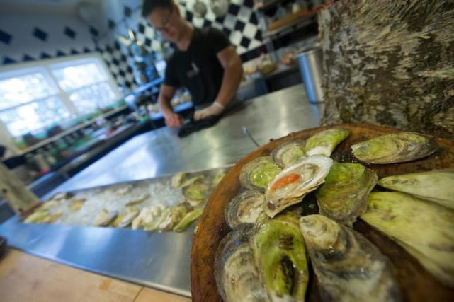 Des huîtres trônent en bonne place dans la... (PHOTO IVANOH DEMERS, LA PRESSE)