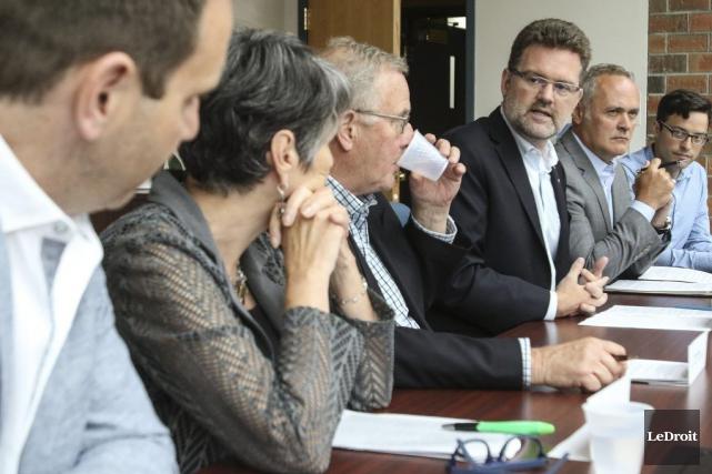 Le Front régional Outaouais a rendu public le... (Patrick Woodbury, LeDroit)