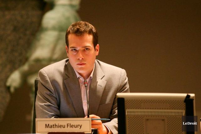 Le conseiller de Rideau-Vanier, Mathieu Fleury, espère que... (Archives, LeDroit)