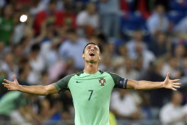 Cristiano Ronaldo, le héros du Portugal... (AP, Martin Meissner)