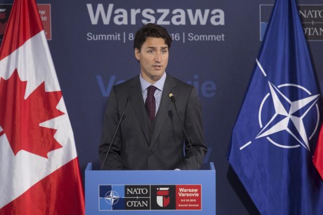 Le premier ministre Justin Trudeau a fait l'annonce... (Adrian Wyld, La Presse canadienne)