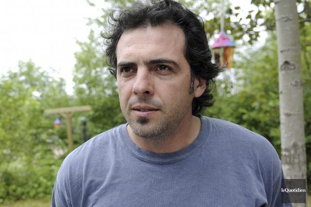 Le conseiller municipal de Saguenay Simon-Olivier Côté a... (Photo Le Progrès-Dimanche, Mariane L. St-Gelais)
