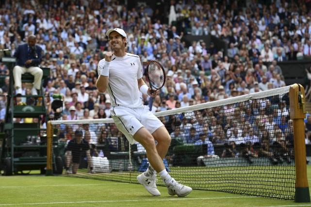 Andy Murray affrontera Milos Raonic à la finale... (Agence France-Presse)