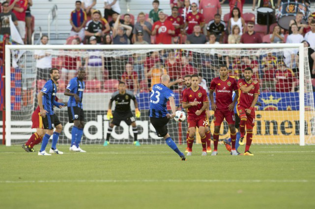 Laurent Ciman (23) était de retour avec l'Impact... (Photo USA Today Sports)