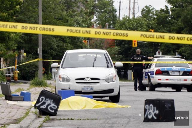 La fusillade est survenue peu avant 4 heures... (Simon Séguin-Bertrand, LeDroit)