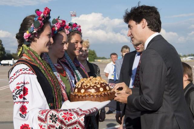 Le premier ministre Justin Trudeau a été accueilli... (Adrian Wyld, La Presse Canadienne)