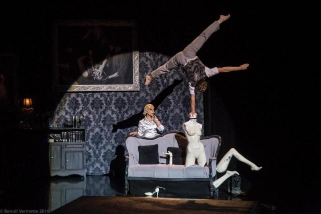 Pièce rétro au confluent du cirque, du théâtre... (Photo Benoit Vermette, fournie par Montréal complètement cirque)