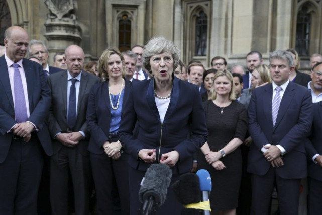 Theresa May, une eurosceptique passée dans le camp du... (PHOTO DANIEL LEAL-OLIVAS, AFP)