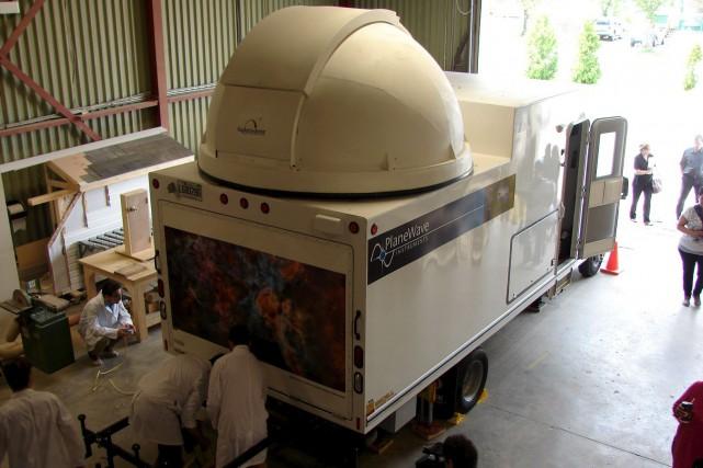 Dès lundi, l'observatoire d'astronomiemobile de Forestvillesera prêt à... (Collaboration spéciale Steeve Paradis)