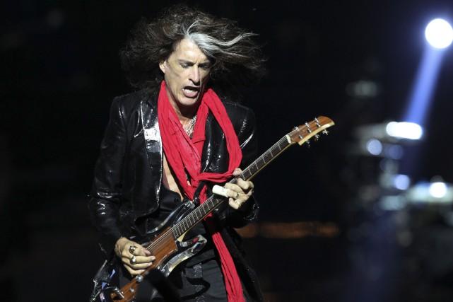 Le guitariste Joe Perry (ici en 2013),65 ans,... (Wong Maye-E, Archives Associated Press)