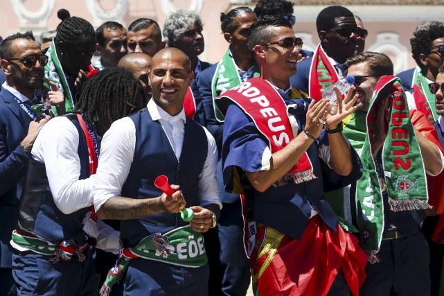 Le Portugal, petit pays passionné de soccer, a... (AFP, Nuno Fox)