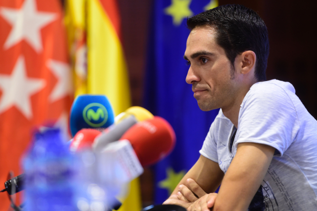 Alberto Contador a été contraint d'abandonner le Tour... (AFP, Pierre-Philippe Marcou)