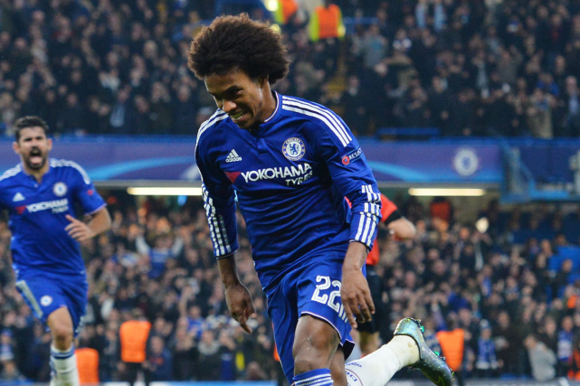 Willian... (Photo Glyn Kirk, AFP)