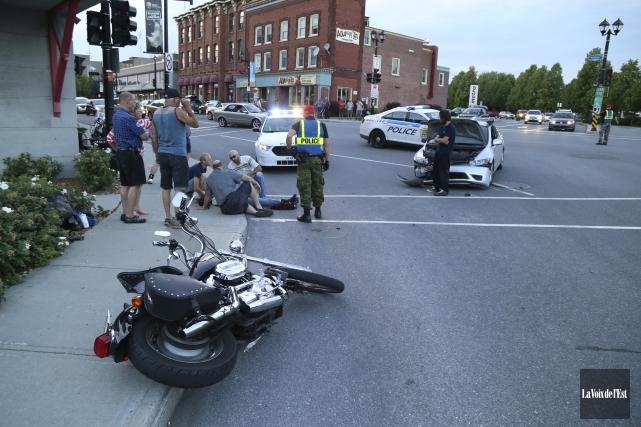 Une motocycliste de Laval a dû être hospitalisée... (Janick Marois, La Voix de l'Est)