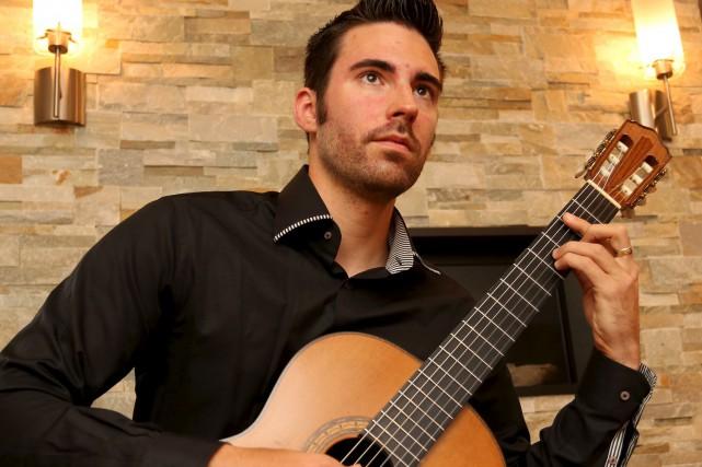 Le guitariste Thierry Bégin-Lamontagne.... (La Voix de l'Est, Alain Dion)