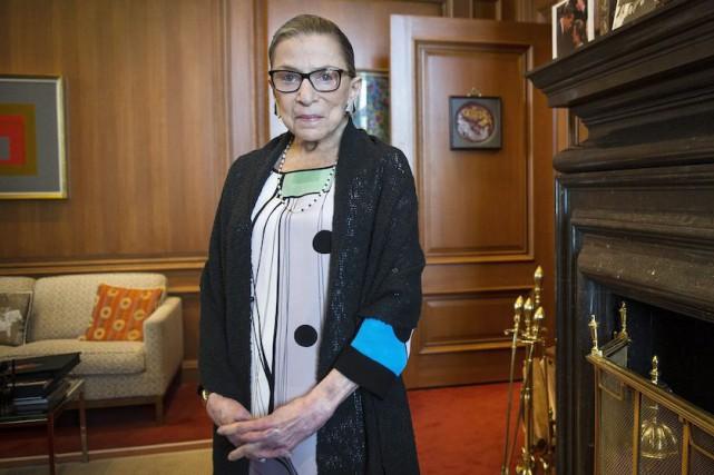 La doyenne de la Cour suprême des États-Unis,Ruth... (Photo Cliff Owen, Archives AP)