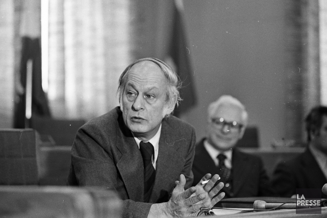 René Lévesque... (PHOTO MICHEL GRAVEL, archives LA PRESSE)