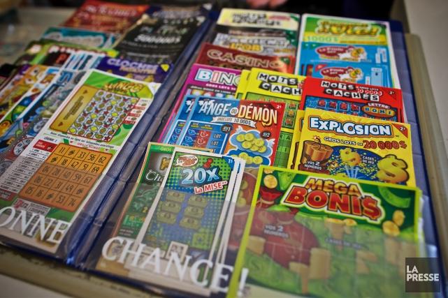 Les jeunes adultes sont plus susceptibles d'acheter des... (La Presse, Andre Pichette)