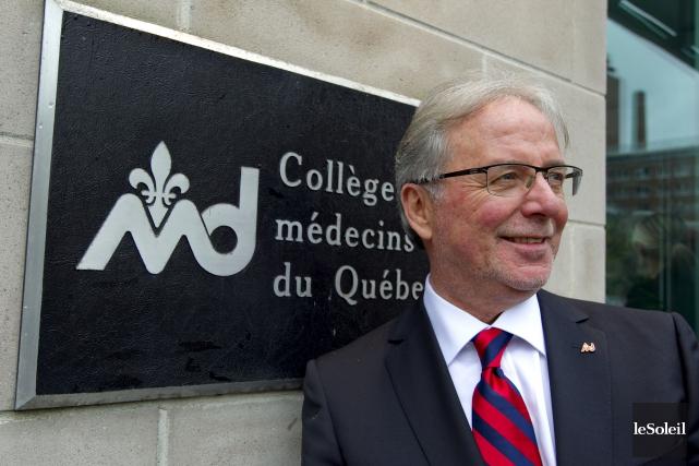 Le Dr Charles Bernard, président du Collège des... (Photothèque Le Soleil)