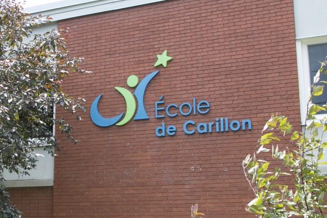 École primaire Carillon... (Spectre média, René Marquis)