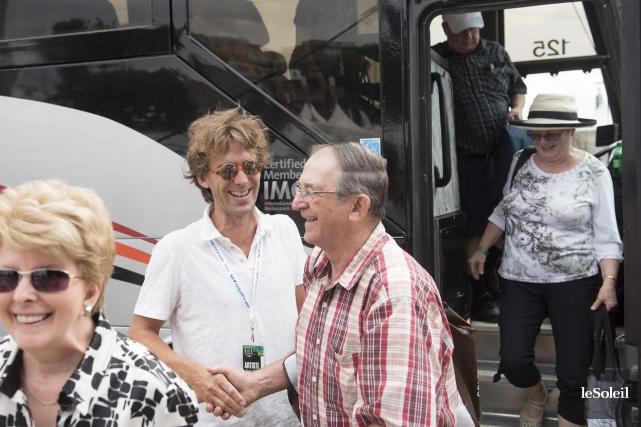 Fred Pellerin a accueilli les résidents de Sainte-Élie... (Le Soleil, Alice Chiche)