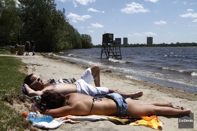 Vague de chaleur en outaouais, beau temps, printemp,... (Photothèque Le Droit, Simon SéŽguin-Bertrand)