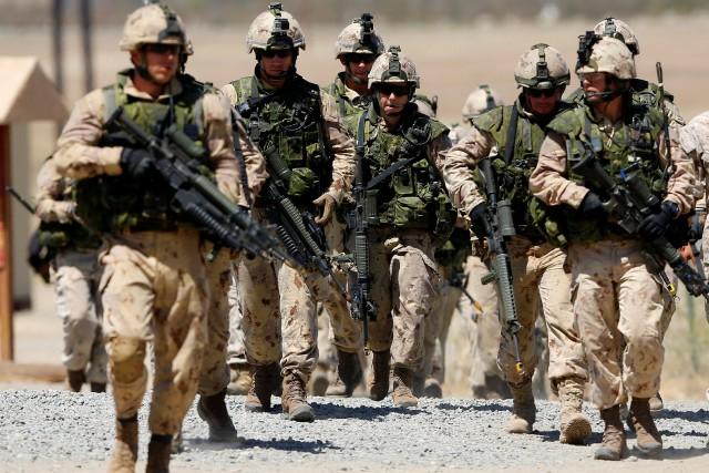 Des soldats canadiens.... (Photo Mike Blake, Archives REUTERS)