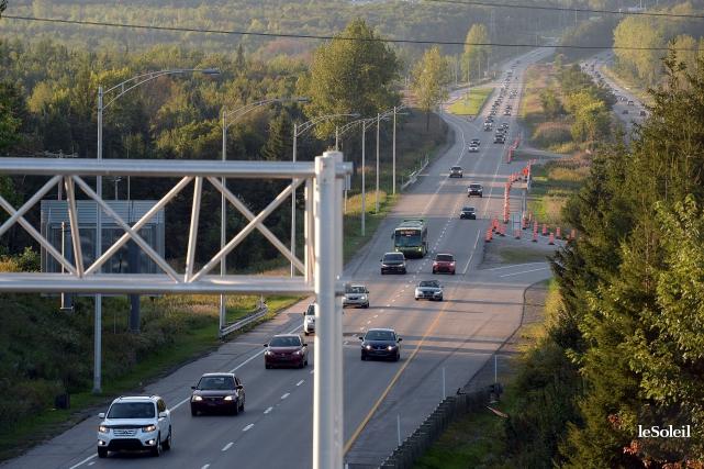 L'autoroute Laurentienne... (Photothèque Le Soleil, Erick Labbé)