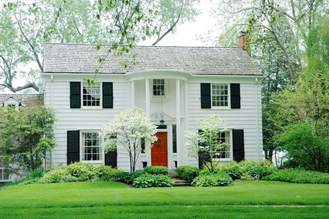 Les aménagements extérieurs permettent d'encadrer les bâtiments et de mettre en... (123 RF)