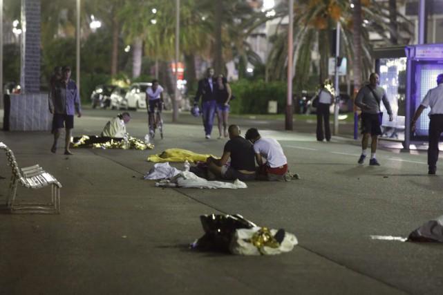 Les rues de Nice étaient bondées pour le... (PHOTO Eric Gaillard, REUTERS)