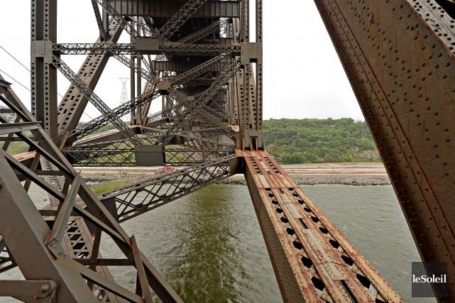Le CN, propriétaire du pont de Québec, n'entend... (Photothèque Le Soleil, Patrice Laroche)
