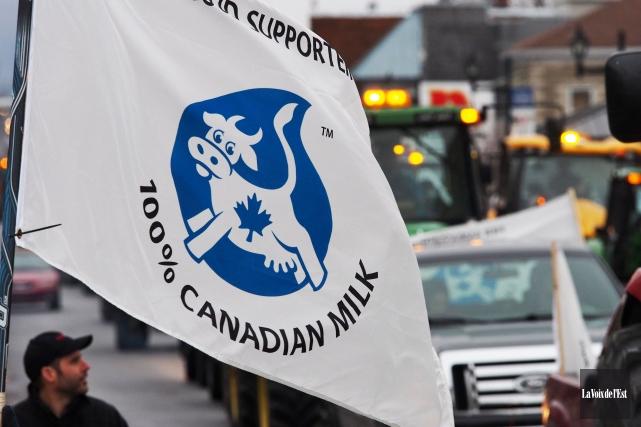 Les producteurs de lait canadiens estiment que l'importation... (Archives, La Voix de l'Est)