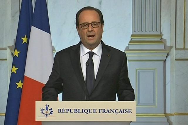Le président de la France, Francois Hollande, s'est... (AP)