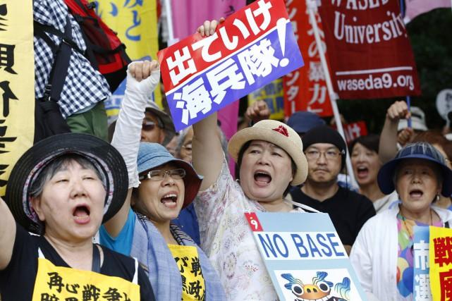 Des milliers de personnes avaient manifesté le 19... (photo Shizuo Kambayashi, archives AP)