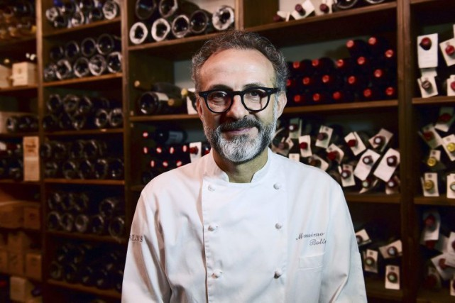 Son père le poussait à devenir avocat. Mais Massimo Bottura a finalement fait... (PHOTO AFP)