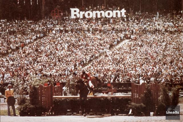 Des milliers de spectateurs ont assisté aux compétitions... (Alain Dion, archives La Voix de l'Est)