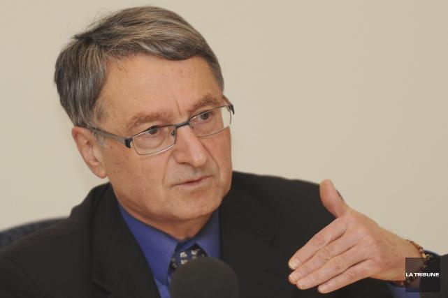Gérard Marinovich, ex-préfet de la MRC de Memphrémagog.... (Archives La Tribune, Jessica Garneau)