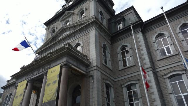 La Ville de Sherbrooke a hissé le drapeau... (Spectre Média, René Marquis)