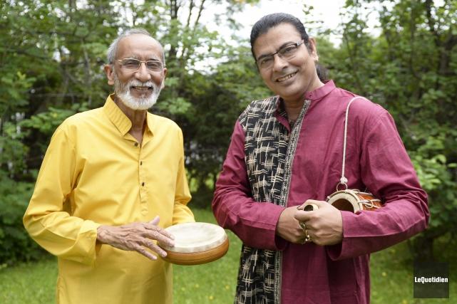 Jayanta Guha et Surojit... (Photo Le Quotidien, Jeannot Lévesque)