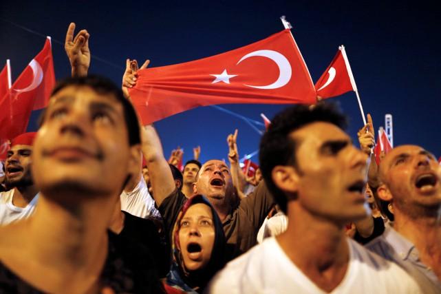 Le Conseil «appelait toutes les parties en Turquie... (REUTERS)