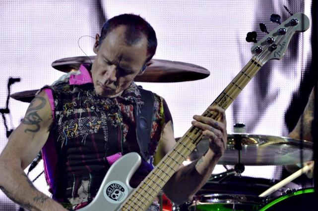 Le bassiste de Red Hot Chili Peppers, Flea,... (Le Soleil, Pascal Ratthé)