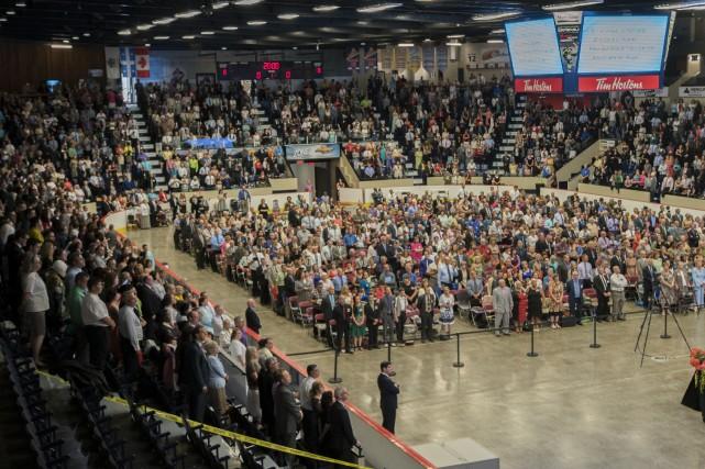Trois cohortes de 2000 témoins de Jéhovah se... (Spectre média, Marie-Lou Béland)