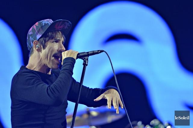 Les problèmes techniques qu'ont semblé éprouver les Red Hot Chili Peppers,... (Le Soleil, Pascal Ratthé)