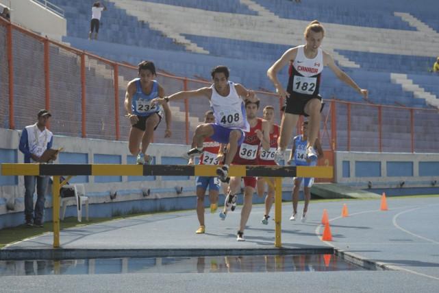 Antoine Thibeault (182) a remporté sa première victoire... (Fédération d'athlétisme du Salvador)