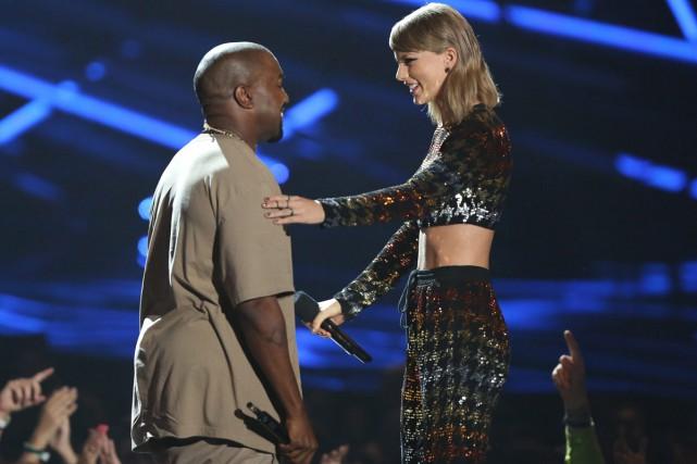 Kim Kardashian - Mme Kanye West à la ville - a publié dimanche une pièce à... (PHOTO ARCHIVES AP)